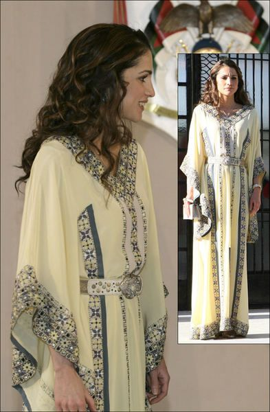 Queen Rania <3  She's not only the queen of Jordan, she's also the queen of elegance & chic!