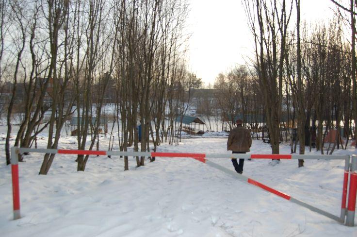 Спуск к водоему, Пироговское водохранилище.