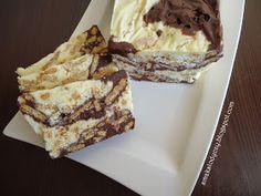Blok czekoladowo-waniliowy w łatki. Słodki z dodatkiem herbatników. Przepis na tradycyjny czekoladowy jest tutaj , na waniliowy tutaj . Sm...