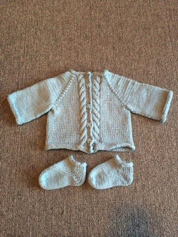 Seven Buttons Designs: Knitting for Babies