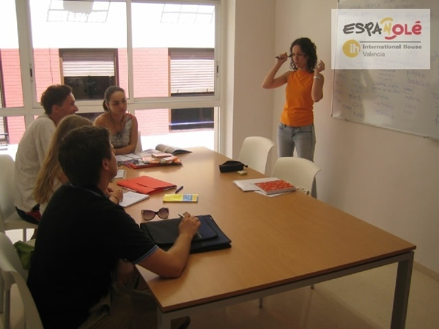 Spanish Courses Class In Spain International House Valencia