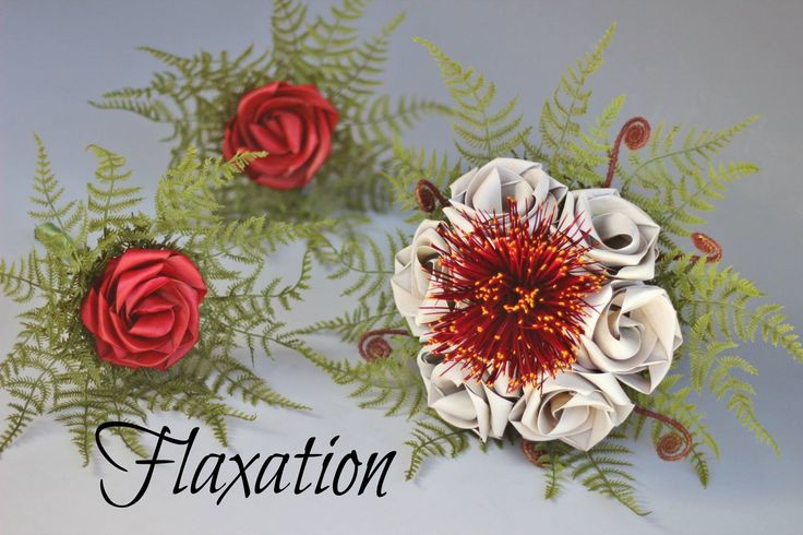 Pohutukawa flax posy created & designed by Flaxation. www.flaxation.co.nz
