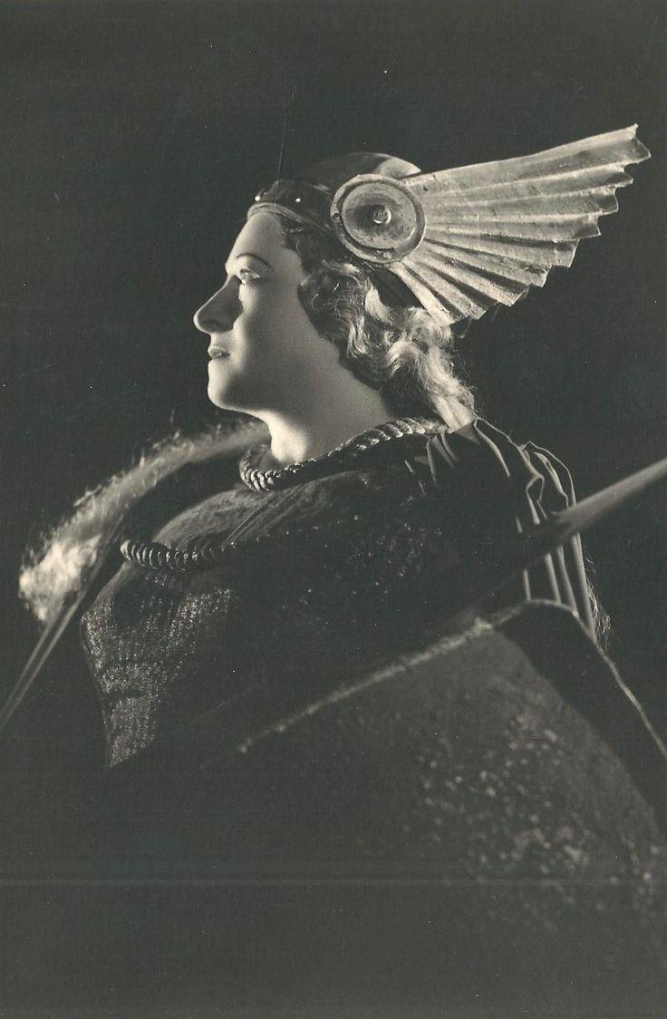 1000 images about golden age of opera on pinterest - Casta diva vintage ...
