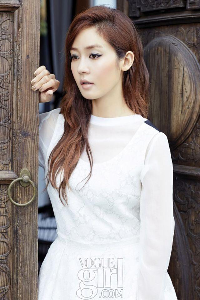 Sung Yu-ri // Vogue Girl Korea // August 2013