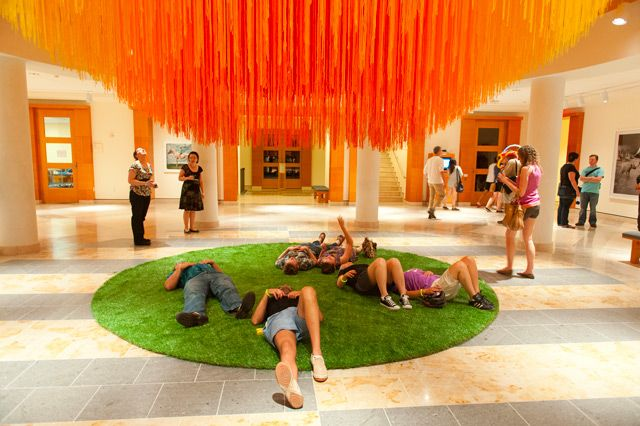 A Sun of Thread: 84 Miles of String Suspended at MIA by HOT TEA