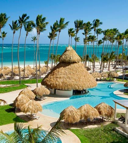Here are some helpful tips to travel to Dominican Republic. The Dominican Republic has a warm weather throughout the year. It is an affordable tropical destination.