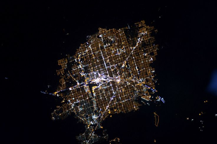 Imagens de satélite mostram Terra vista do espaço