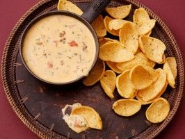 University of Oklahoma -The Mont Chili Con Queso.... I MUST MAKE THIS! I love the mont!!!