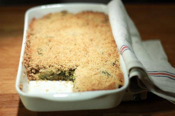 Une recette inratable de Crumble de courgette à la menthe et à la fêta au Thermomix sur Yummix • Le blog dédié au Thermomix !