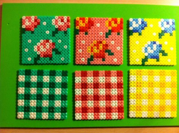 Pack de 6 posavasos de hama beads.