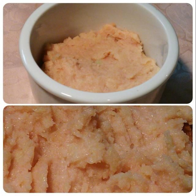 ギリシアでは、タラモは日本の味噌の量り売りのように樽に盛られて売られています(^^)d 塩分はタラモでじゅうぶん(=^ェ^=) パンに載せて食べますが、白ワインが進みます(^_^)/~~ - 23件のもぐもぐ - ギリシアで教わったタラモサラタ(^^)v 新ジャカバージョン\(^^)/ タラモはタラコを意味するギリシア語(*^^*) by hkim