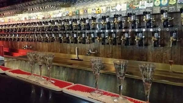 PiwPaw beer heaven in Warsaw | 95 amazing tab beers that you can try for just 1 zloty