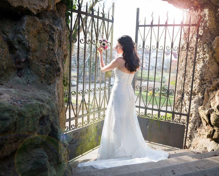 Beautiful Bride  - wunderschöne Braut im Schloß Großlaupheim