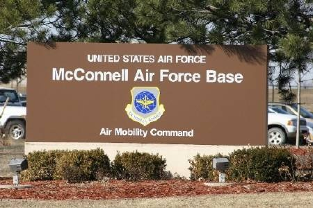mcconnell afb women Air force level award goes to woman aviator mcconnell air force base jones recently arranged for mcconnell airmen to attend the 2017 women in aviation.