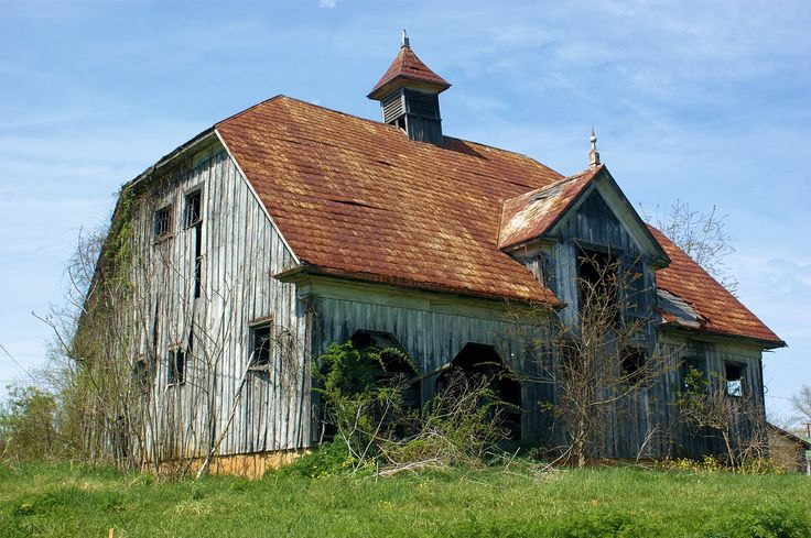 Beautiful barn.....