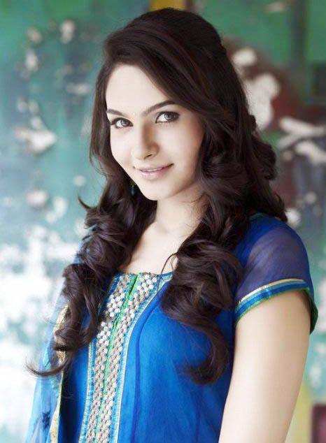 Tamil Actress Andrea Jeremiah #Mollywood #Kollywood #Fashion