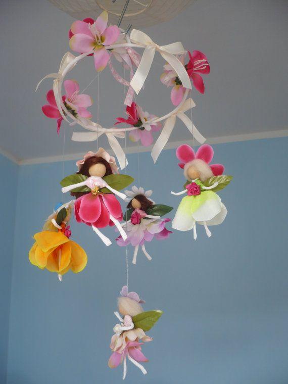 Giostrina per i bambini .5 Fate dei fiori . Da di lalarossa
