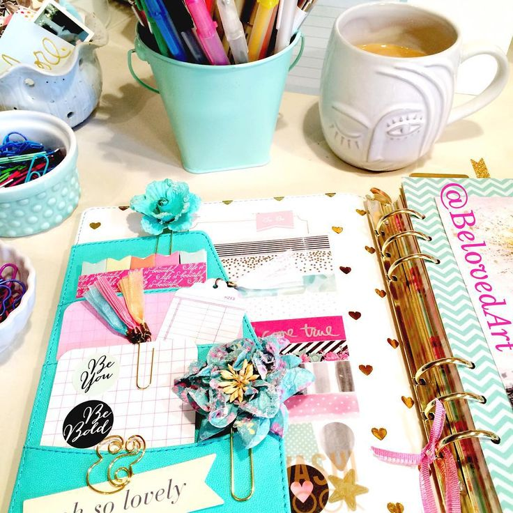 Happy Thursday!  Happy Planning!  #marionsmithdesigns #marionsmithplanner #filofax #filofaxing #filofaxlove #filofaxaddict #planner #planning #planneraddict #plannerjunkie #plannerlove #plannercommunity #plannergirl #plannergoodies #plannernerd #plannerobsessed #listersgottalist