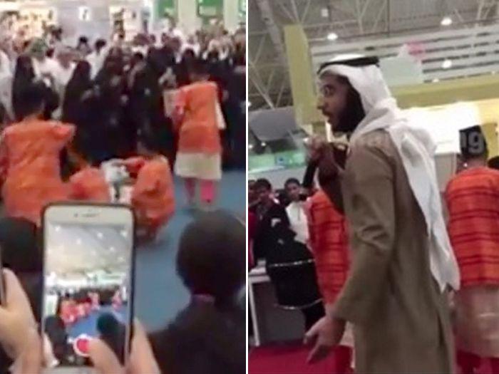 Lelaki Arab yang buat kecoh semasa persembahan zapin di Riyadh International Book Fair ditahan   RIYADH  Seorang lelaki Arab yang menimbulkan kekecohan ketika persembahan zapin dan ghazal di Riyadh International Book Fair (RIBF) 2017 pada Khamis telah ditahan pihak berkuasa Arab Saudi.  Lelaki Arab yang buat kecoh semasa persembahan zapin di Riyadh International Book Fair ditahan  Penyelaras Pavilion Malaysia Mohd. Khair Ngadiron berkata perkara itu dimaklumkan kepada beliau oleh pegawai…