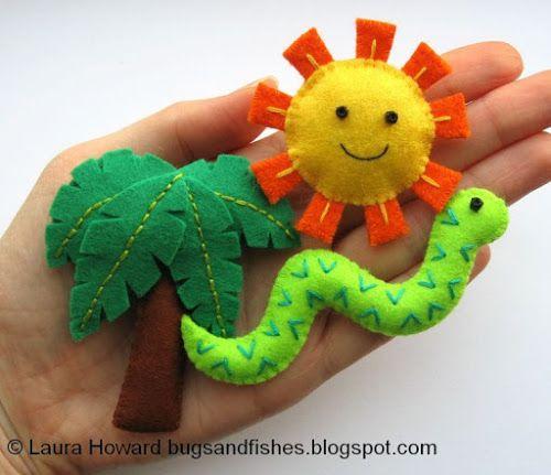 http://bugsandfishes.blogspot.com/2013/10/all-free-tutorials-to-accompany-super.html