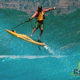 $4300 Моторизированная гидро доска для серфинга в любом водоеме POWERSKI JETBOARD - GadgetMarket.TV - купить Hi-Tech гаджеты, устройства для гиков, шпионские штучки, дешево с бесплатной доставкоq