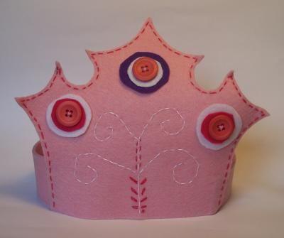 Corone e coroncine fai da te per feste e compleanni | Crafting e fai da te - Pianetadonna.it