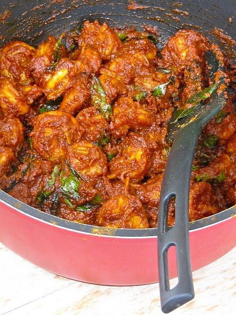 Spiced, aromatic prawn roast