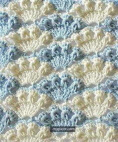 Free pattern/tutorial for the beautiful long loop shell stitch.