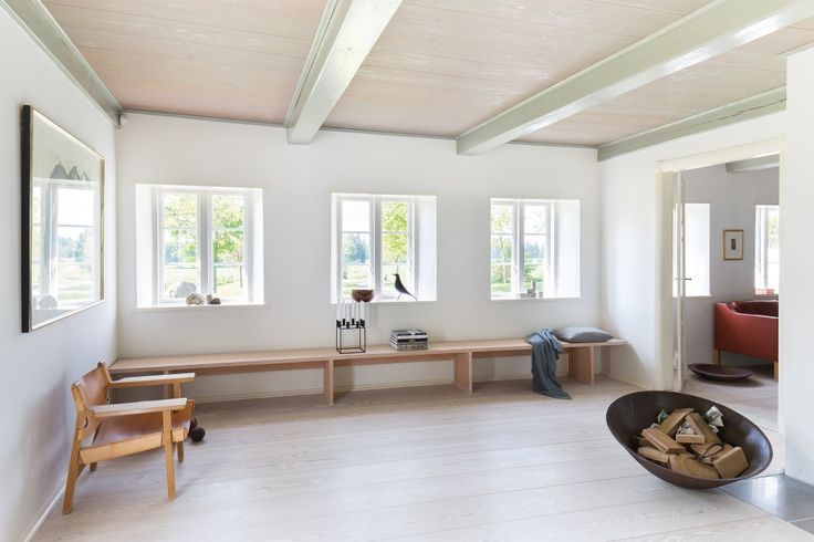 Wooden floorboards and wooden bench - Douglas by Dinesen