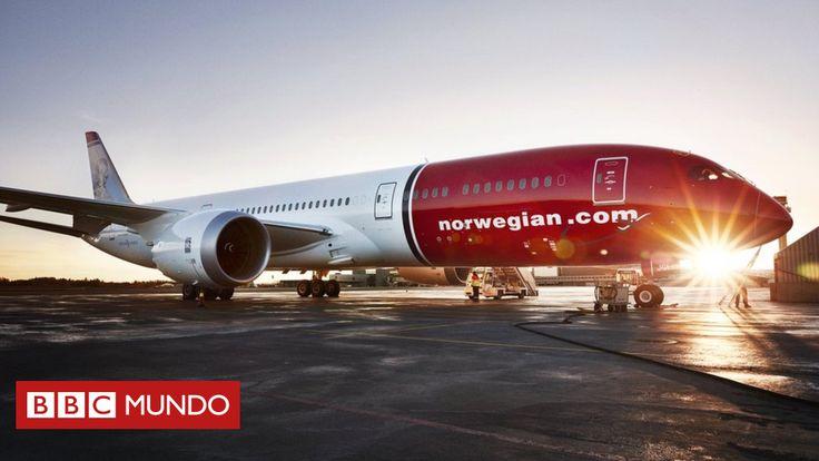 Los vuelos económicos han dejado de ser un fenómeno exclusivo de rutas de corta distancia y han comenzado a cruzar el Atlántico desde Europa hasta Suramérica. BBC Mundo te cuenta cuál es la empresa que está transformando ese mercado.