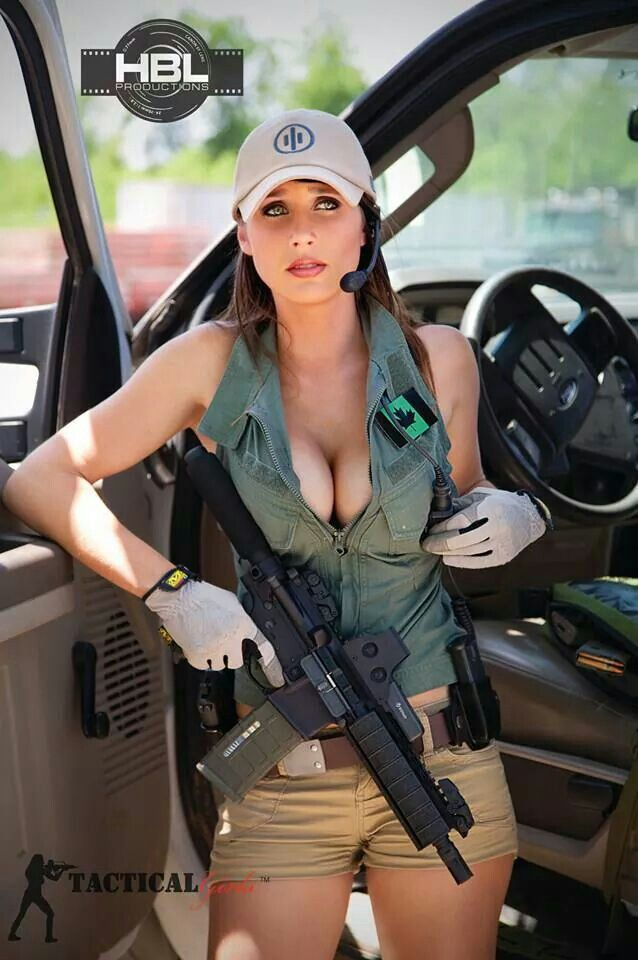 Only sexy naked women with guns