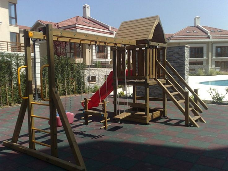 Kapladığı Alan  5 x 4 m = 20 m2 ; 1 adet oyun kulesi, korkuluklu merdiven, 1 adet uzun kaydırak ,komando tırmanma merdiveni ,  salıncak , atlı salıncak, kule altı oyun alanı... 1.sınıf emperenye edilmiş ithal çam ağacı, 2 yıl montaj, 10 yıl çürümelere karşı  ahşap garantisi ,İstanbul içi nakliye montaj dahildir. İstenilen ebatlarda yapılır.         GÖKHAN BAYRAM : 0507 413 4818