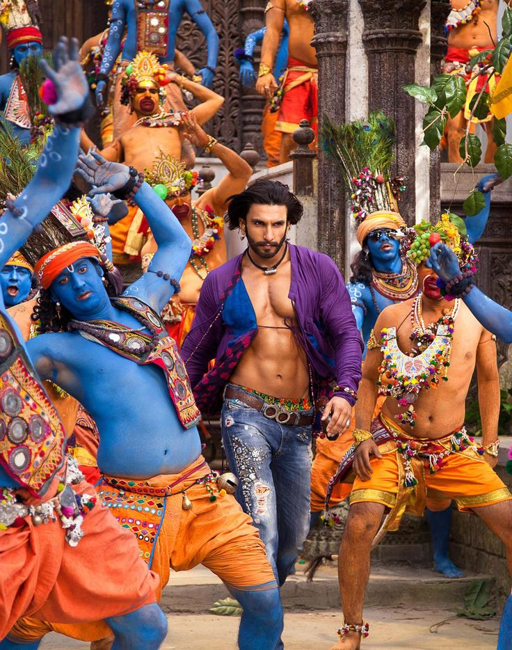 """Ranveer Singh in the Bollywood movie """"Ram Leela"""". I must now see this movie, if only for this one shot! Yum ;)"""