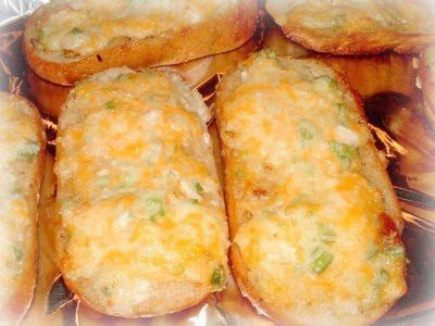Pioneer Woman's Garlic Cheese Bread