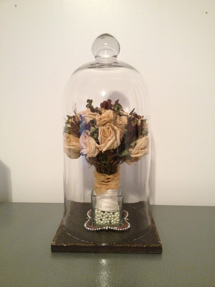 Display For Dried Out Wedding Bouquet Wedding Ideas
