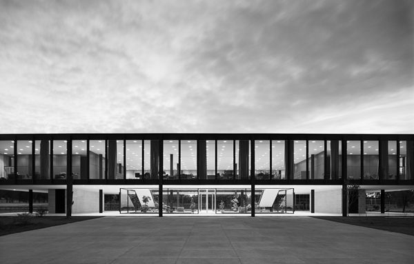 Bacardi Office Building by Mies van der Rohe, Mexico City, 1961. Photo credit: Balthazar Korab