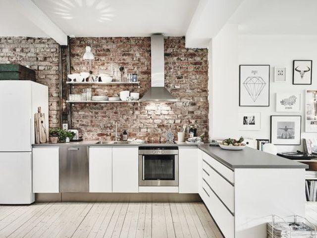 Eine schöne einstimmung auf das wochenende mit dieser sehr stilvoll und gemütlich eingerichteten wohnung mit offener wohnküche ein absolutes highlight