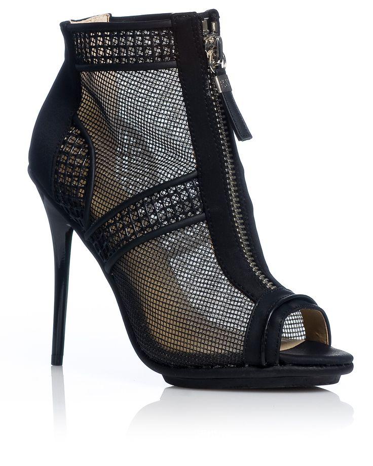 GX by Gwen Stefani SS15 | Shop online: www.nak.gr