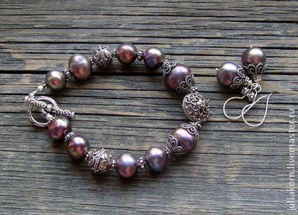 """Комплект """"Глубина"""" - комплект с жемчугом,жемчуг павлин,браслет с жемчугом. Комплект из жемчуга глубокого фиолетового оттенка и серебра Бали.  Жемчуг чернично-фиолетовый с радужными переливами."""