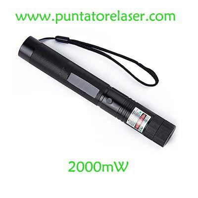 Puntatore laser verde 2000mw cielo pieno di stelle più nuovo modello puntatore laser torcia, è progettato con una lente attivabile, corpo in metallo. Super cool e carina!  http://www.puntatorelaser.com/Puntatore-laser-verde-2000mw-stelle.html
