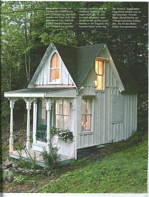 Shabby Chic cottage: Tiny House, Guest Cottages, Plays House, Little House, Guest House, Tiny Cottages, Backyard, Shabby Chic Cottages, Little Cottages