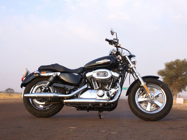 Harley-Davidson Sportster 1200 Custom profile