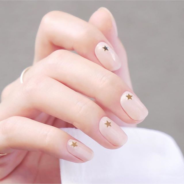 Spring Nail Trends For 2020 Best Spring Nail Colors In 2020 Spring Nail Trends Spring Nail Colors Best Nail Art Designs