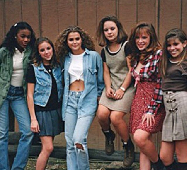 Stylish ragtag bunch | 1.990's | 1990s fashion trends ...