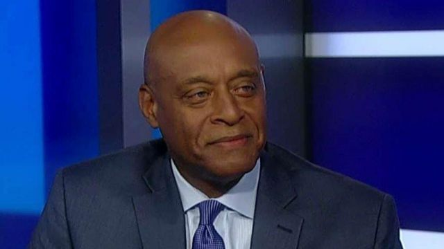 An African-American former DC councilman and former education transition member for President Obama tells Tucker why he supports Trump's education reform plan #Tucker
