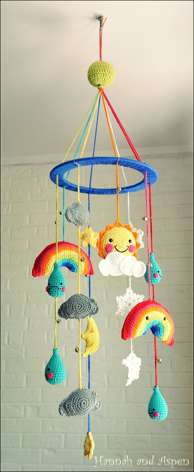 Diy spring amigurumi baby mobile craftbnb for Diy felt flower mobile