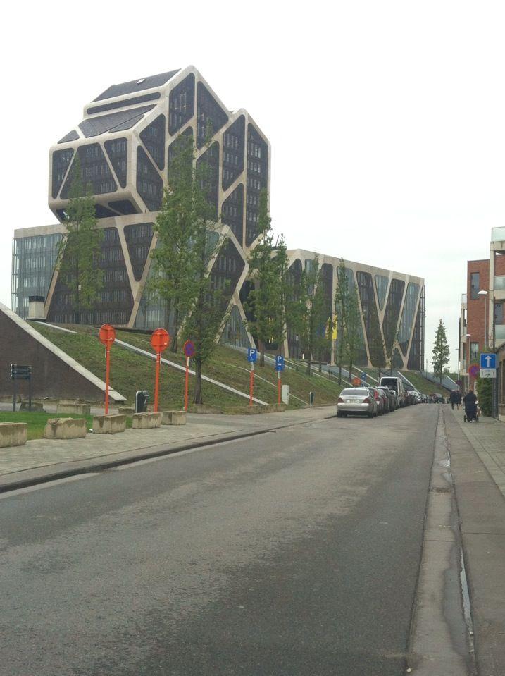 Gerechtsgebouw De Hazelaar in Hasselt, Limburg