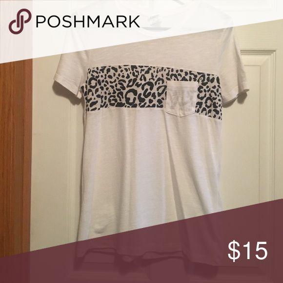 Cheetah print shirt VS cheetah tshirt PINK Victoria's Secret Tops Tees - Short Sleeve