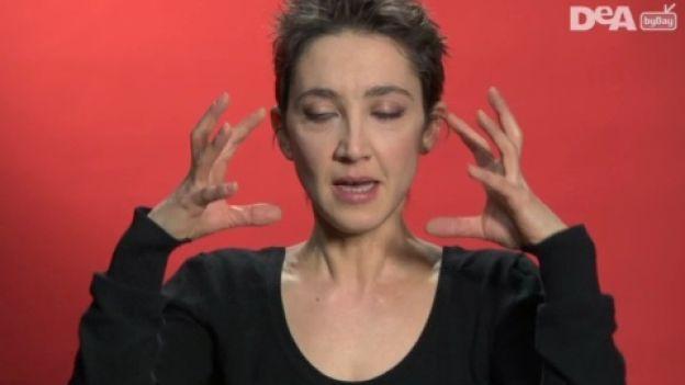 Gli esercizi di ginnastica facciale per migliorare la muscolatura del cranio e la salute dei capelli