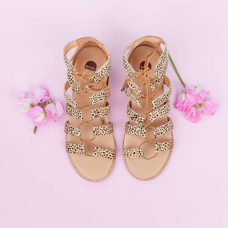 Yippeee it's the weekend!  Double tap if you could see yourself wearing our new tan dalmatian print calf hair 'Goose' sandals